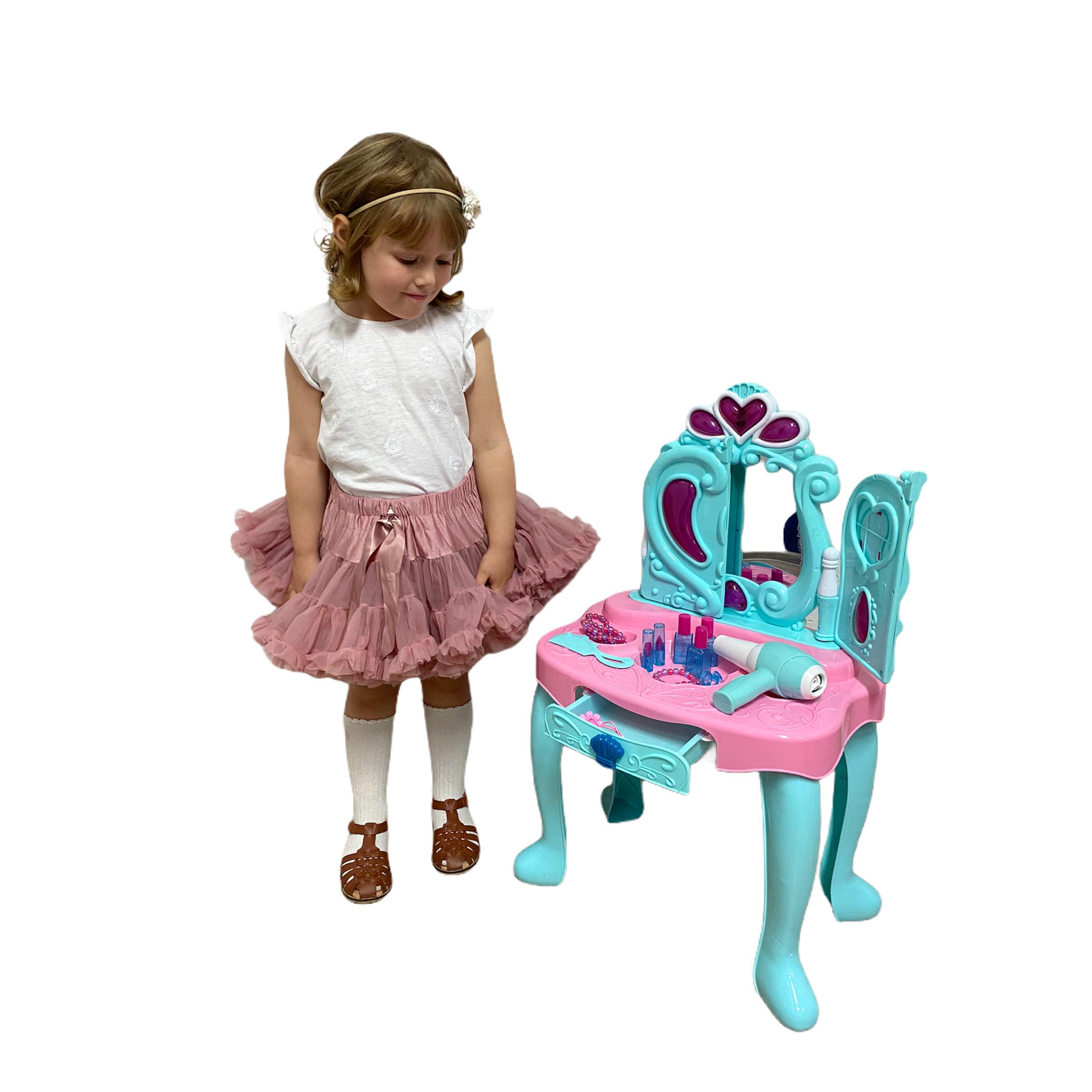 Toaletka dla dziewczynki jak z Krainy lodu i akcesoria